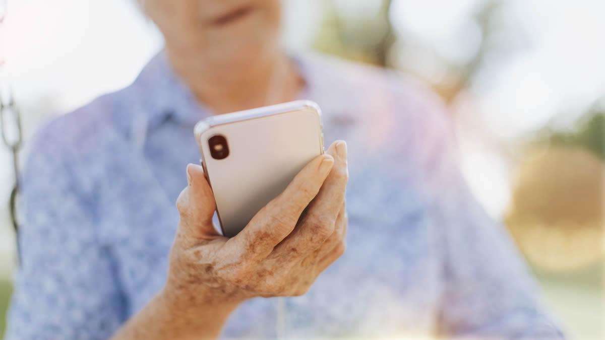 Prova de vida digital é simplificada pelo INSS